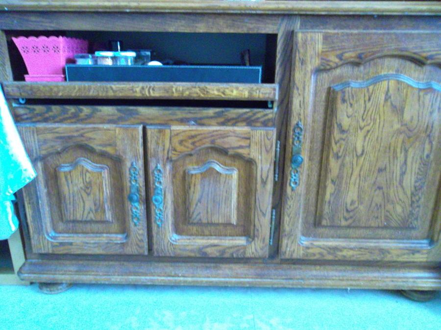 meuble ancien en bois avant r novation par art4in. Black Bedroom Furniture Sets. Home Design Ideas
